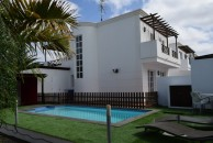 Large independent villa with parking and private pool