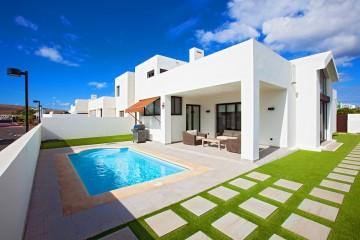 Lovely villa in Playa Blanca
