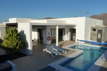 5 bedroom Villa in Playa Blanca