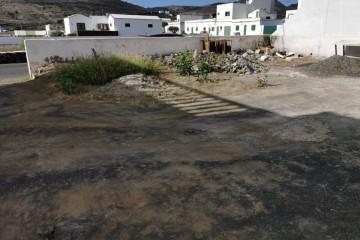 Terreno Urbano en el pueblo de Haría