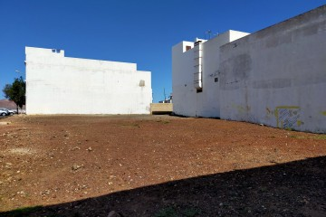 Building land in Arrecife