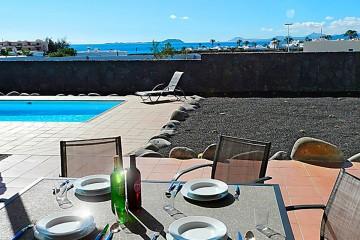 Freistehende Villa mit Meerblick in Playa Blanca