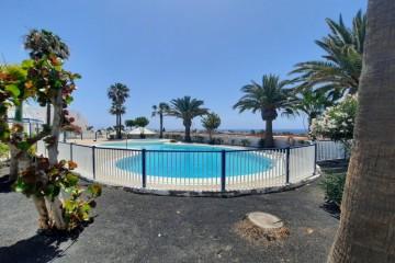 Apartamento con piscina comunitaria en Residencial Atalaya