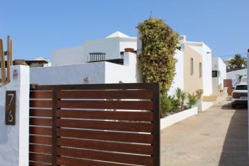 Villa with sea view in Tias